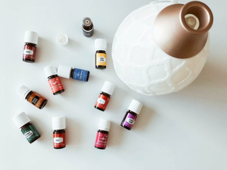 can you add essential oil to a humidifier
